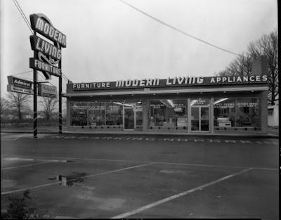 Car Dealerships Louisville Ky >> Eerie Indiana: Abandoned Modern Living Building, Portland ...