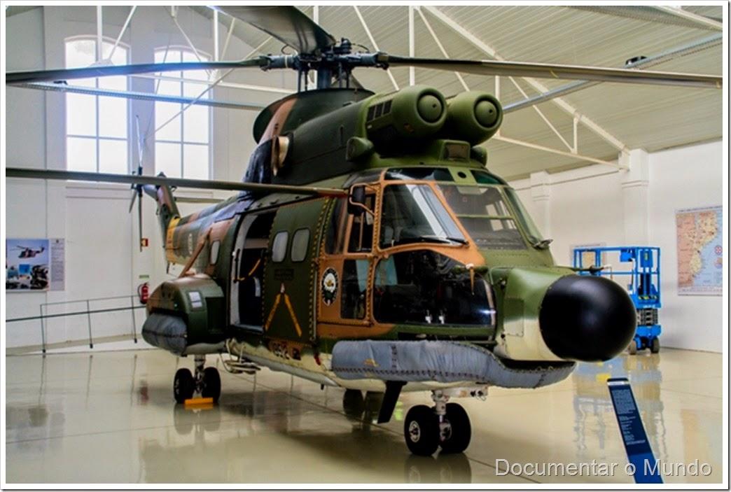 Super Puma; Museu do Ar; Base Aérea Nº 1; museu aeronáutico; Pêro Pinheiro; Sintra