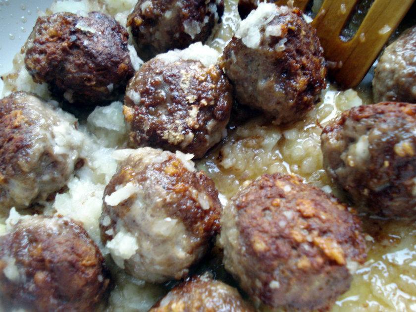 sauté meatballs with onion