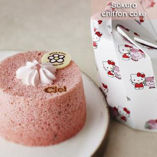 cach-lam-banh-chiffon-hoa-anh-dao-Sakura-chiffon-cake