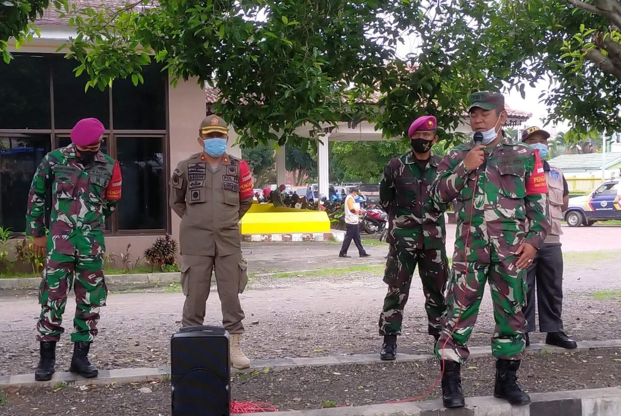 Pasiops Kodim 0410/KBL Kapten Inf Dja'far memimpin pelaksanaan apel pengecekan Satuan Tugas percepatan penanganan Covid-19