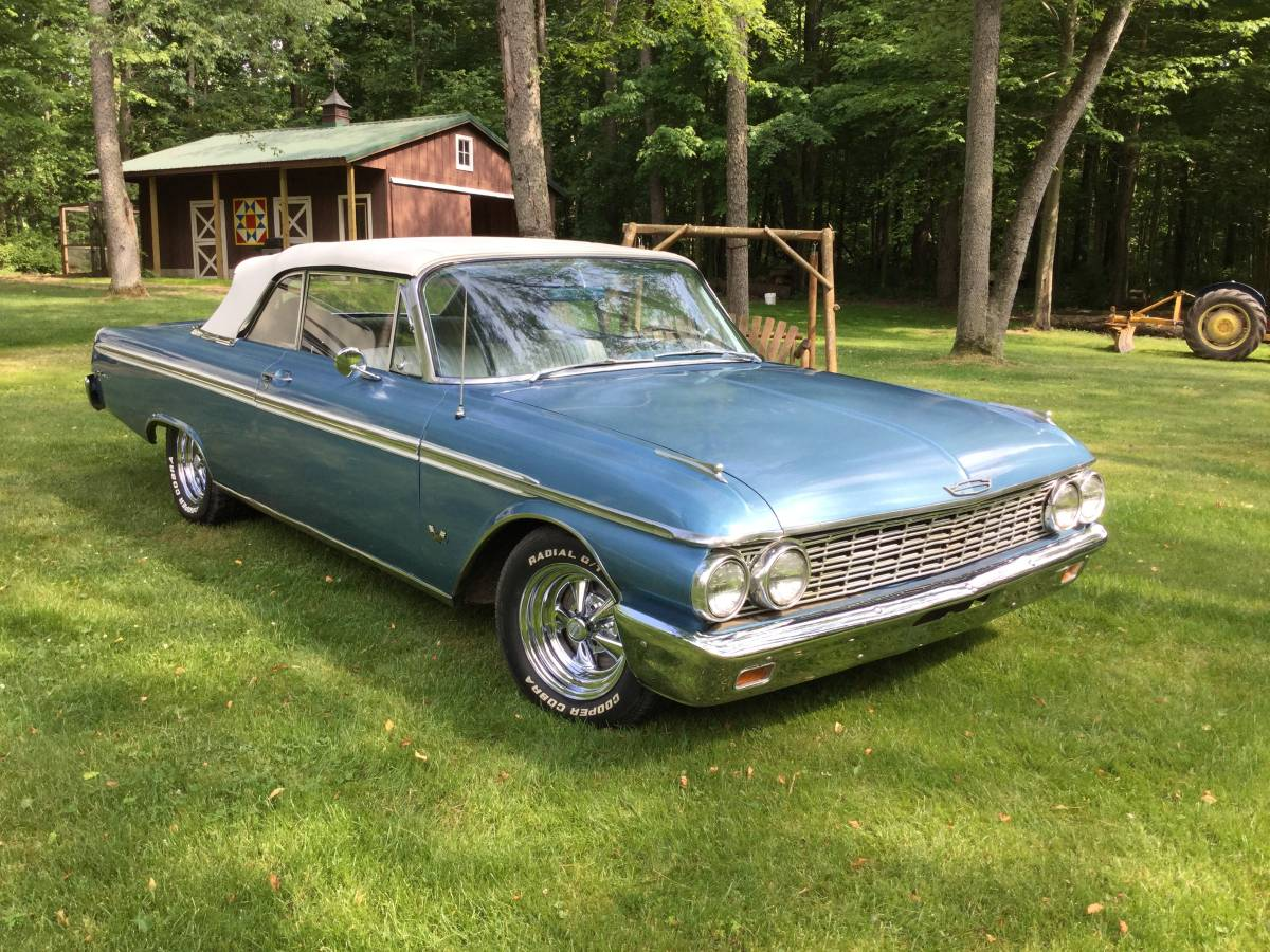 Daily Turismo Stars Aligned 1962 Ford Galaxie 500 Sunliner Convertible