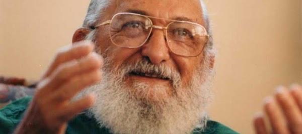 Enseñar exige reconocer que la educación es ideológica | por Paulo Freire