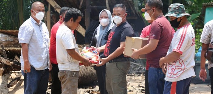 Nanang Ermanto Kembali Gelontorkan Program Bedah Rumah di Kecamatan Kalianda dan Sidomulyo