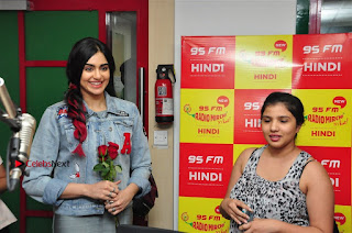 Vidyut Jamwal Adah Sharma Commando 2 Movie Team at Radio Mirchi 95  0033.jpg