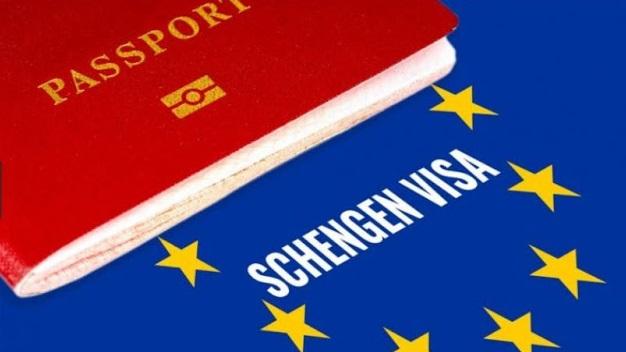 Το Ολλανδικό Κοινοβούλιο ζητά επίσημα την επιστροφή της βίζας για τους Αλβανούς