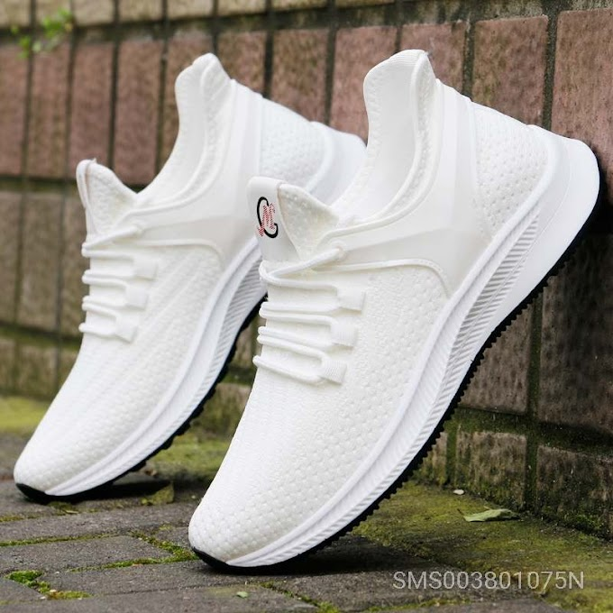 The White Mesh Shoe Male Breathable Deodorant Wear-resistant Sports Shoes Kick Set Men Network Cloth
