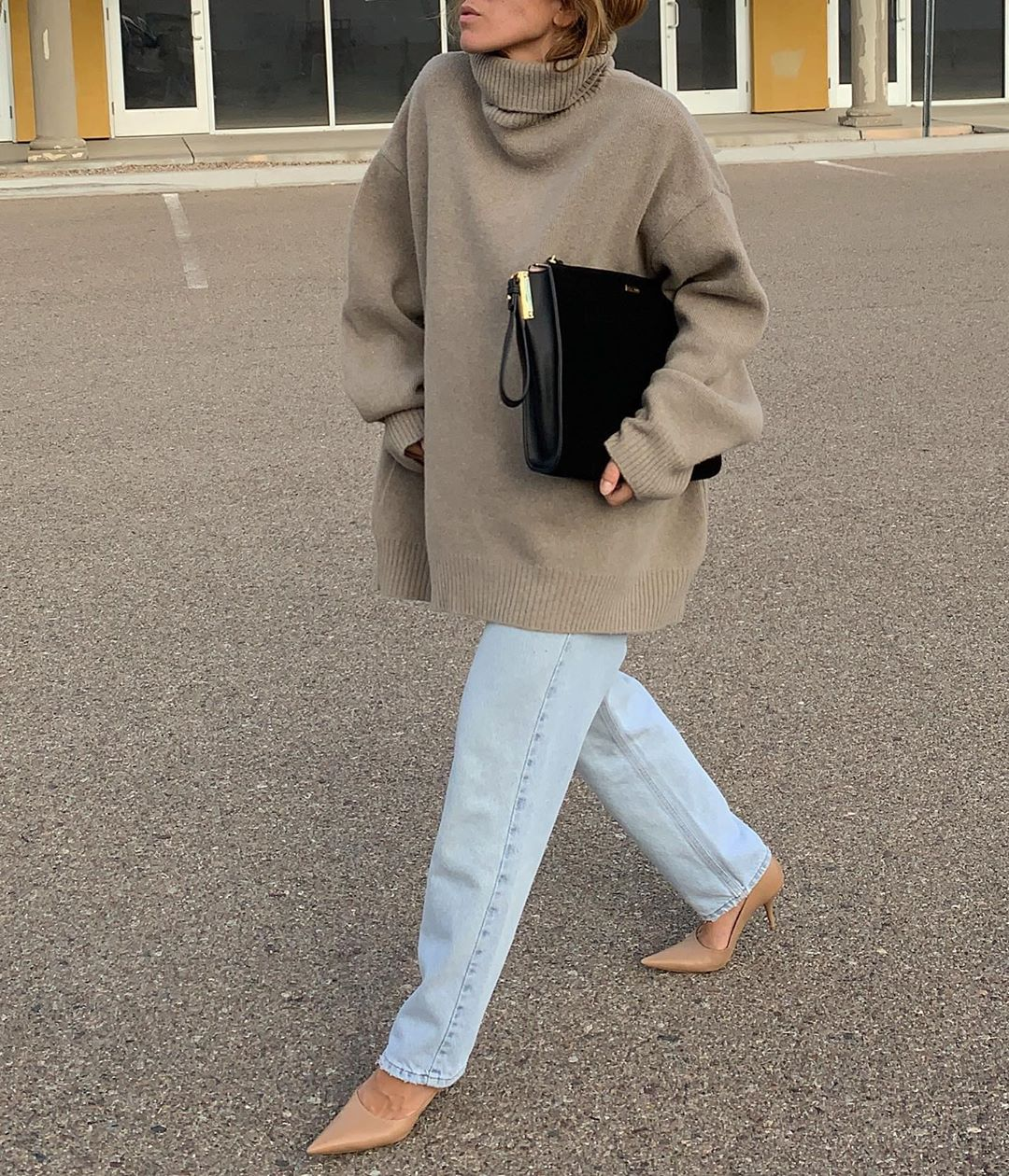 Oversized Turtleneck Fall Outfit Inspiration