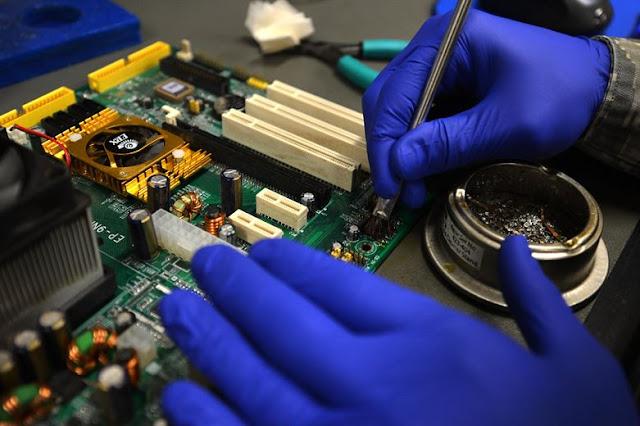 إصلاح وصيانة الكمبيوتر