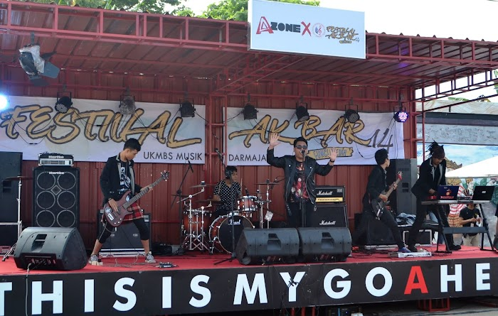 Semarak Festival Akbar UKMBS Musik Darmajaya