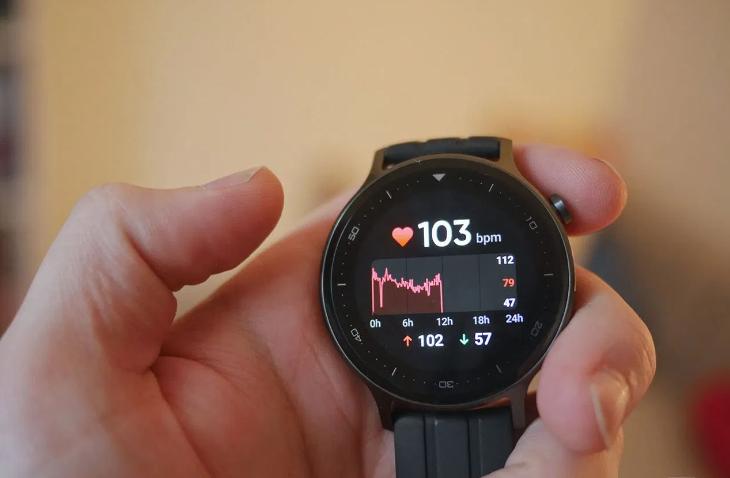 ساعة ريلمي ذكية فعالة بسعر مناسب
