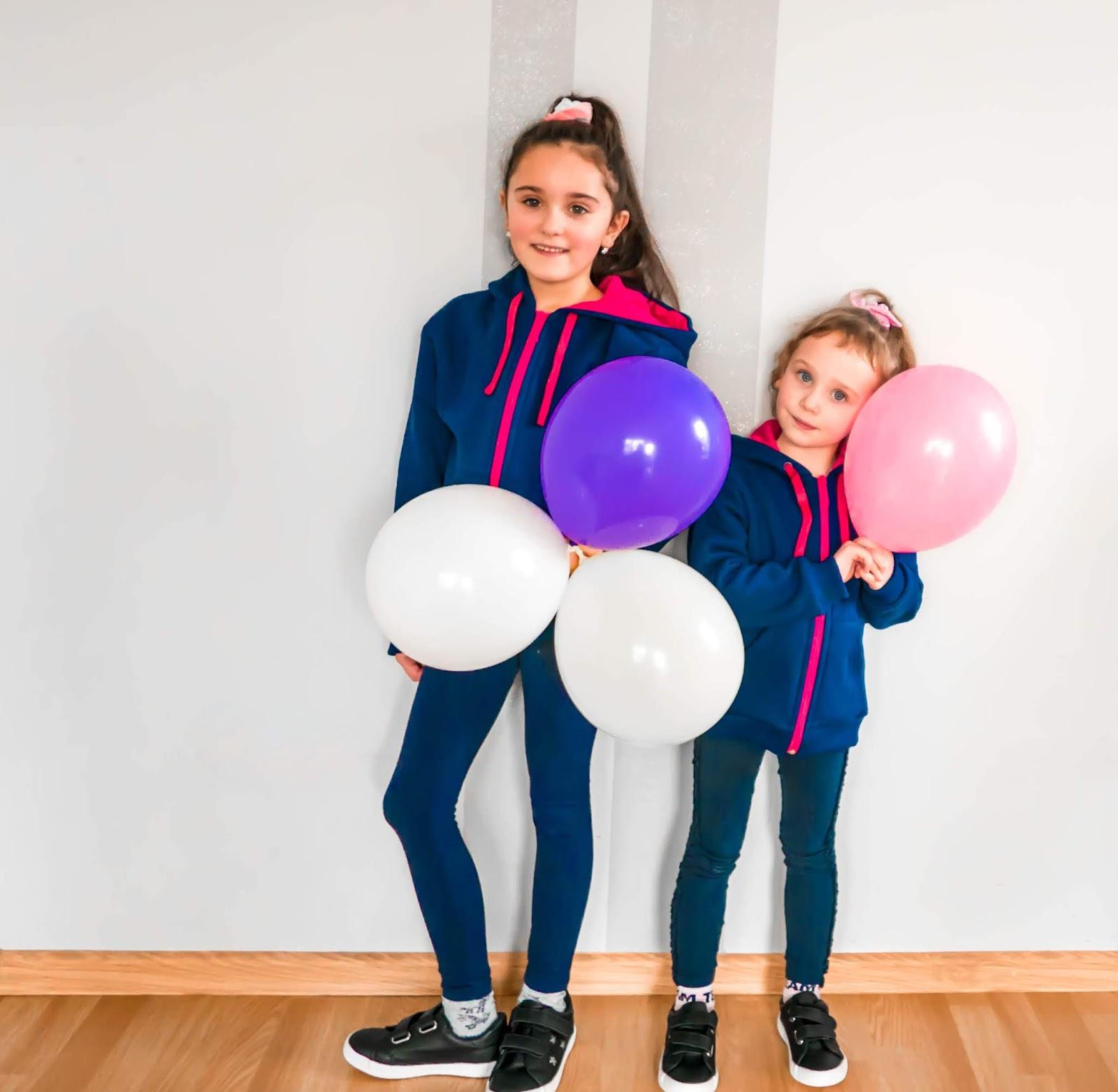 ubrania dla dzieci, które nie krępują ruchów