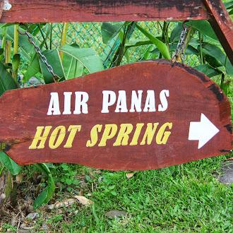 Mandi Kolam Sejuk Panas Di Poring Hotspring, Ranau