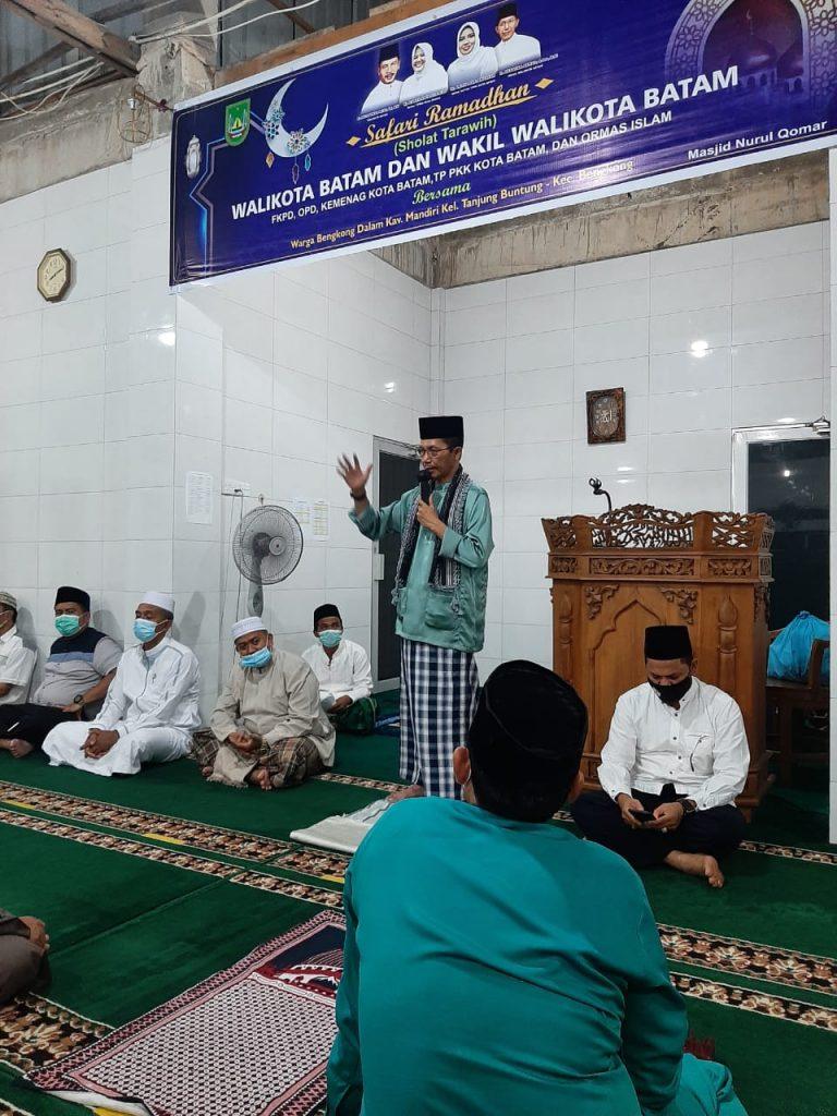 Amsakar Ajak Jemaah Perkuat Ukhuwah Islamiah dan Bekerjasama Melawan Covid-19