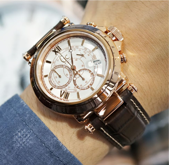 AAA Replique De Montre Guess GC Collection Chronographe 45003G1 De http://www.repliquesuisse.co/!