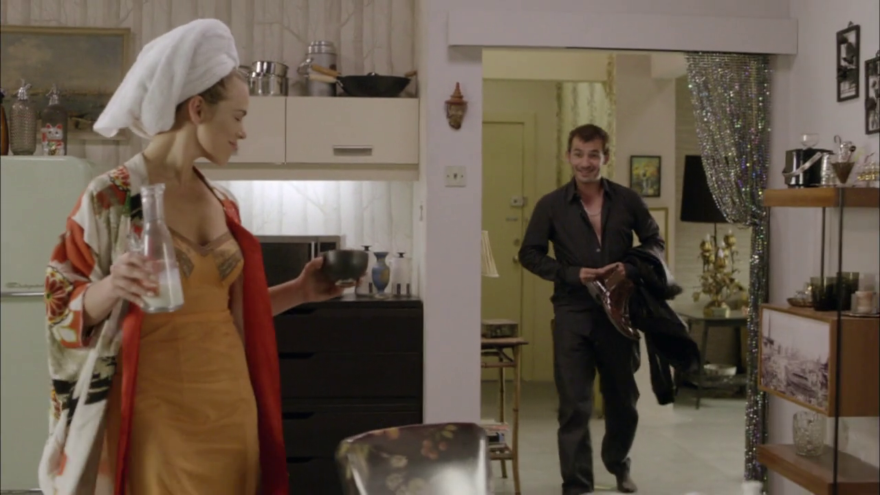 ausCAPS: Mark OBrien shirtless in Halt And Catch Fire 2