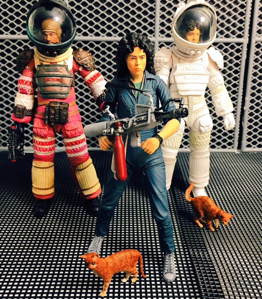 dallas alien 1979 space suit - photo #41