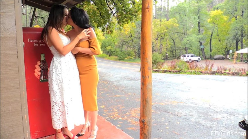 [FTVGirls] Saraya & Chloe - Romantic Trip For Two