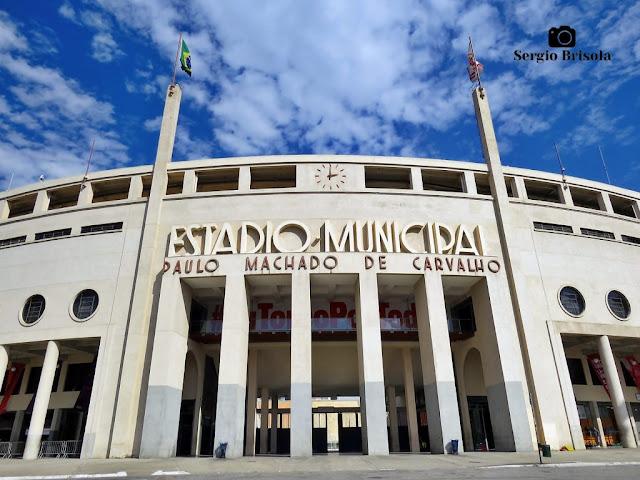 Close-up da entrada do Estádio Municipal Paulo Machado de Carvalho - Pacaembu - São Paulo