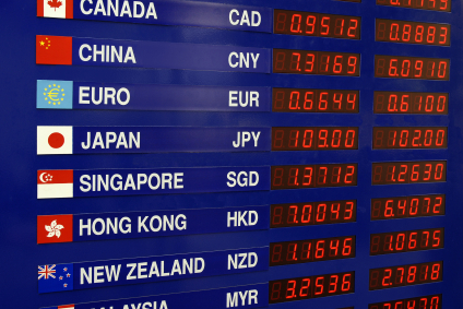 Although It Is Convenient Avoid Exchanging Money At The Currency Exchange Kiosks In International Airline Terminals Back Home U S
