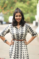 Swathi Reddy Looks super cute at London Babulu theatrical trailer launch ~  Exclusive 035.JPG