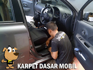 karpet dasar mobil bagus