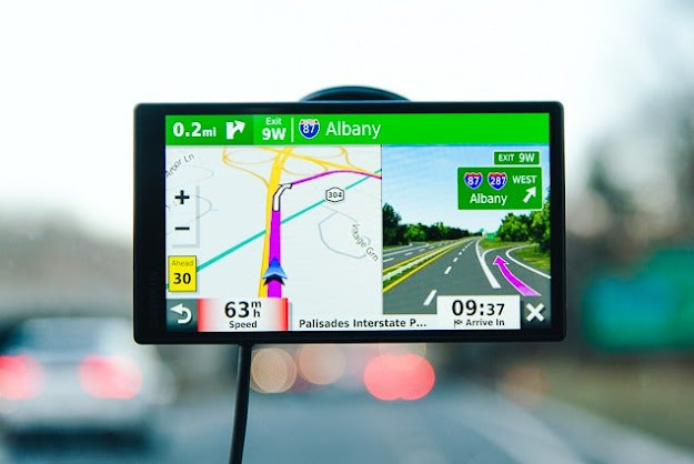 gps navigation moving