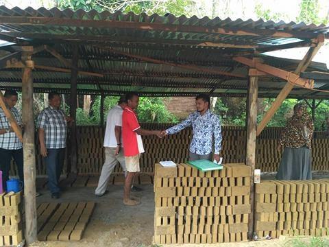 Lembaga Peduli Dhuafa Salurkan Bantuan 4 Unit Dapur Batu-Bata Bantuan dari BRA.