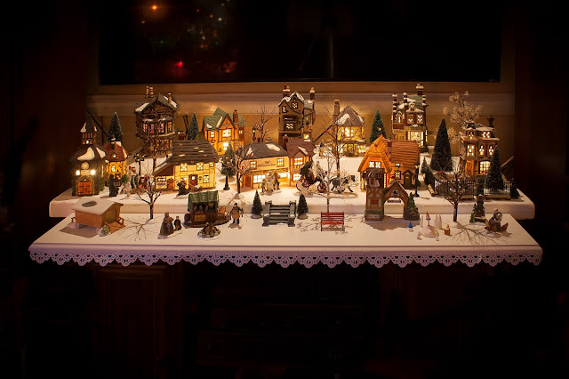 Dept. 56 Dickens Christmas Village 2017 via foobella.blogspot.com