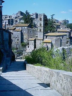 The quaint medieval area of Ronciglione, used for location shooting in Gli anni più belli