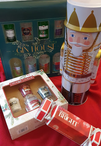 Moonpig gift ideas for Christmas 2020 Nutcracker tin nail lacquer Gin Hotel Yankee Candle