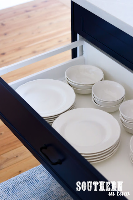 Shaker Style Plate Drawers - Hamptons Kitchen Renovation