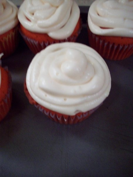 Red Velvet Cupcakes Eight Years Of Hummingbird High