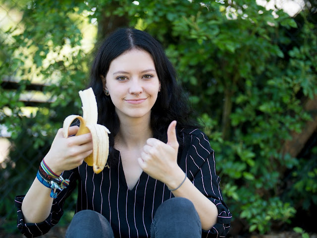 If you want to increase your weight, consume banana in this way Funny Jokes
