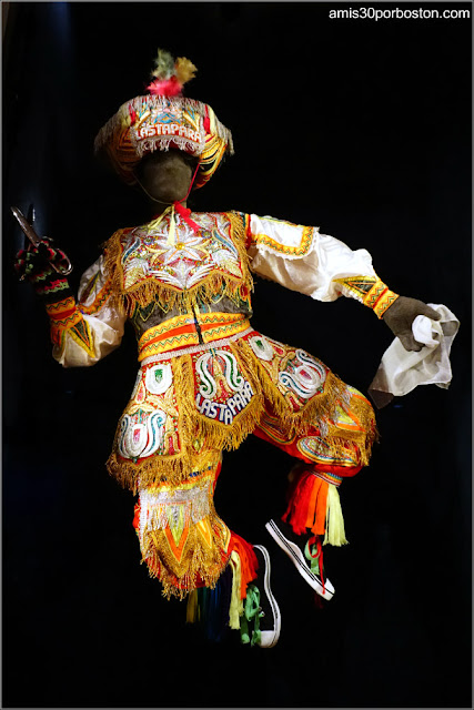 Quechua Danza de Tijeras de la Exposición Circle of Dance