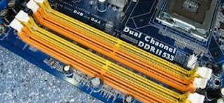 fungsi slot memory pada motherboard