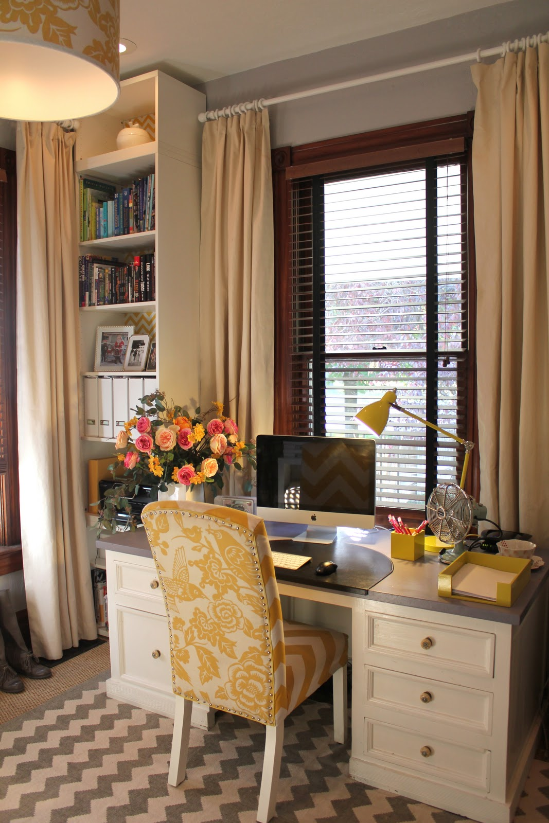 Back on Festive Road: Apartment Therapy Room for Color 2011