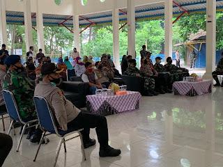 Baksos AKABRI 89 Bagikan 600 Paket Sembako di Pulau Untung Jawa Kepulauan Seribu