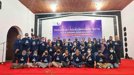 Deri Asta Jadi Ketua Ikatan Keluarga Besar UBH Sawahlunto