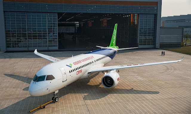 comac c919 roll out