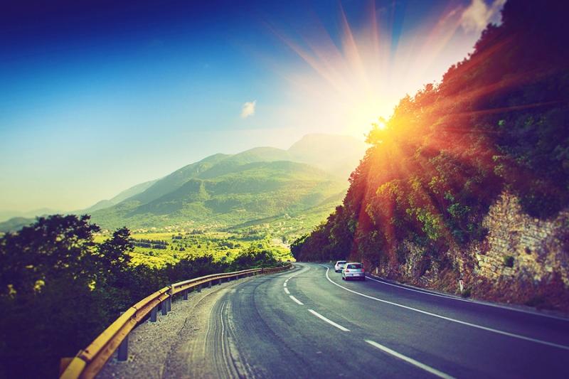 Pegando a estrada com segurança para Capitólio