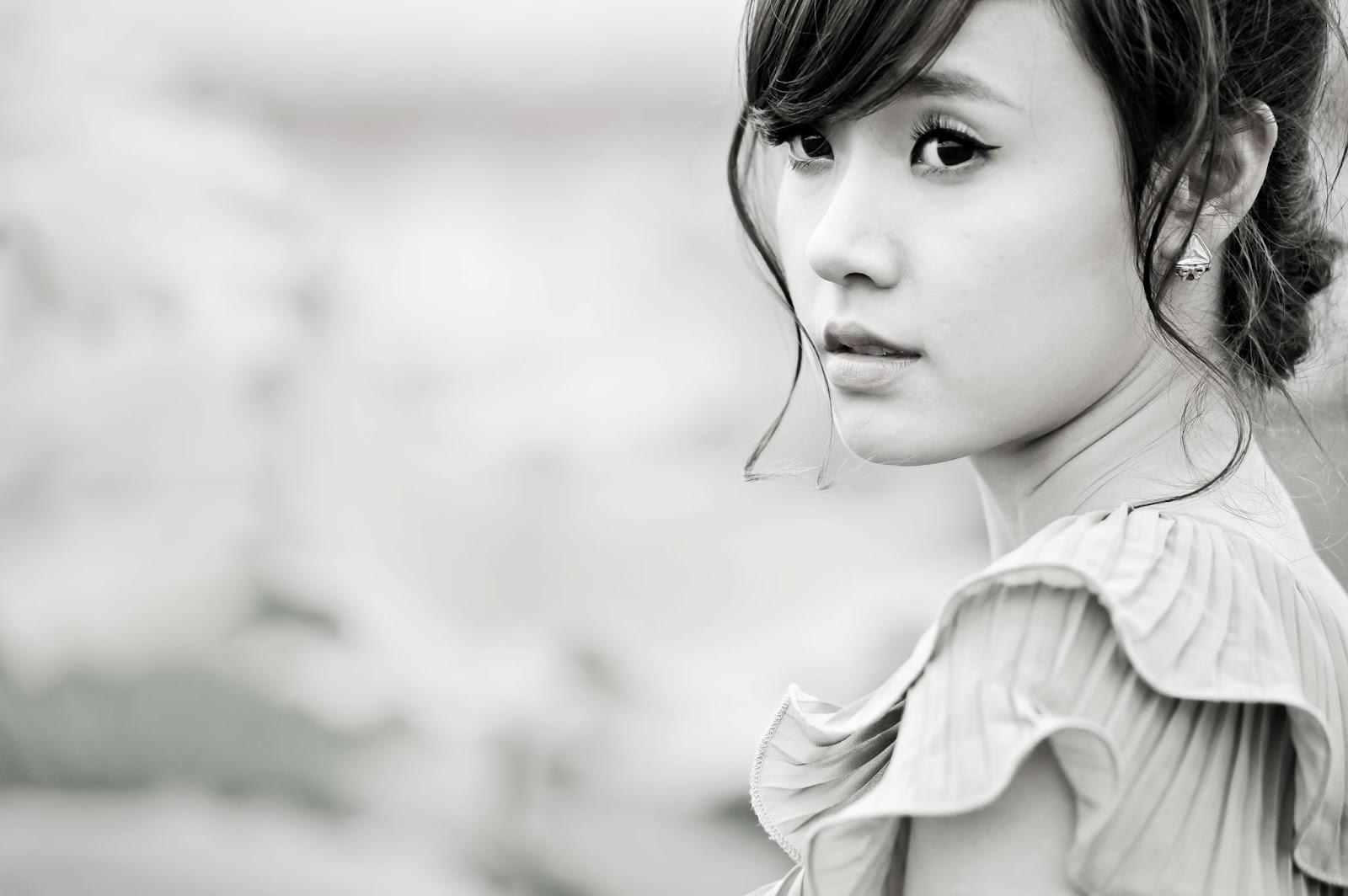 Hotgirl Midu đẹp trong phong cách cổ điển
