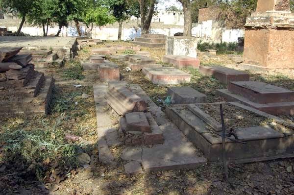 Lothian Cemetery - Kashmiri Gate, Delhi