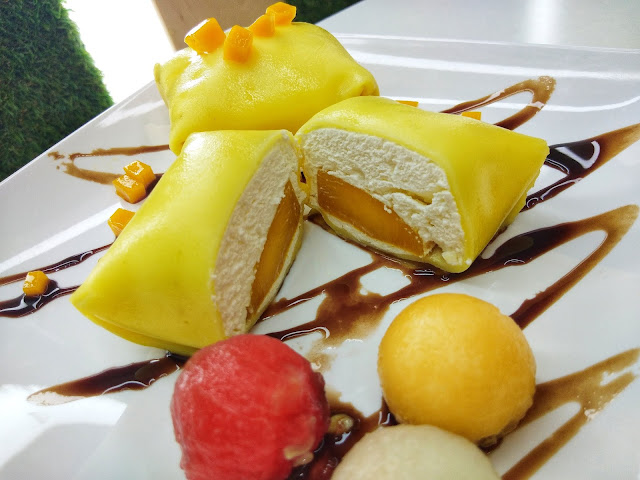 Mango Pancake - Hui Lau Shan
