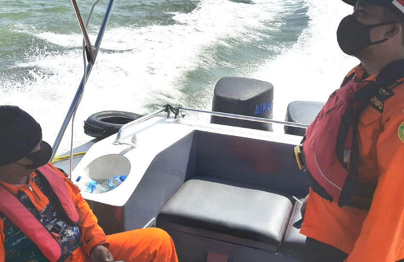 Masih DP, Nelayan Hilang Kontak Pergi Mancing di Perairan Karimun