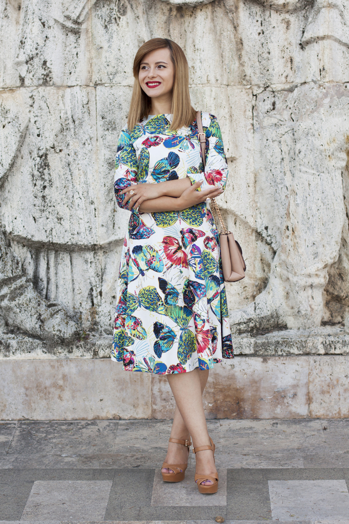 how to wear the butterflies print