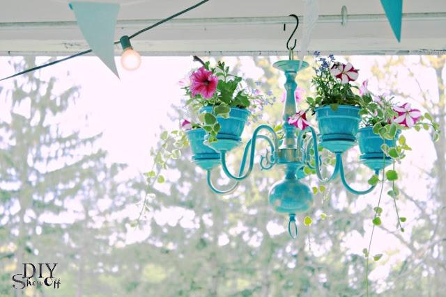 http://diyshowoff.com/2013/06/11/chandelier-planter-tutorial-2/2/
