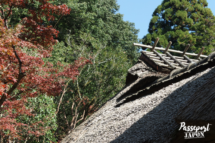 Toit de chaume du pavillon de thé de Kunenan, Kanzaki, Saga