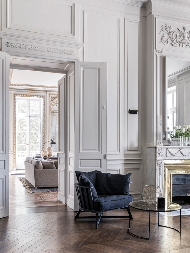 Decor Inspiration : A Classic Apartment in The French ...
