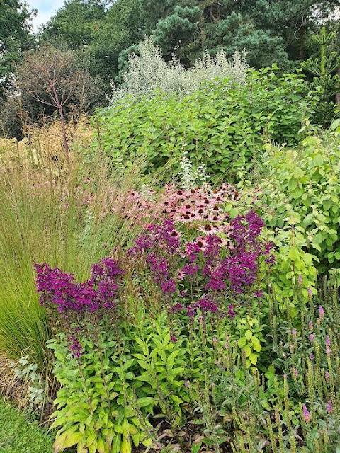 Abbeywood Gardens, Cheshire